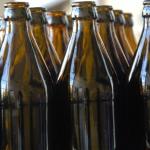Frisch gespülte Pfandflaschen