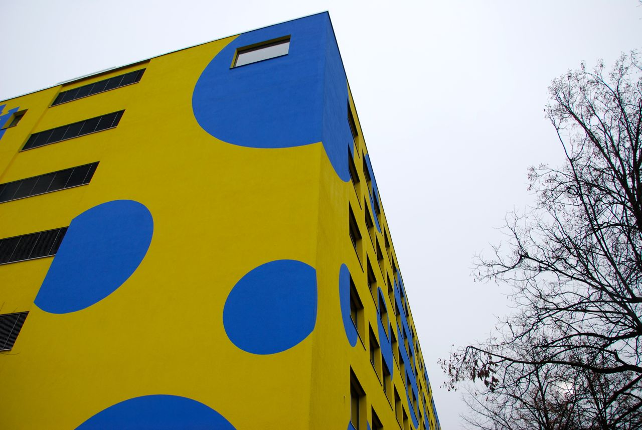 Krawattenmuster-Fassade