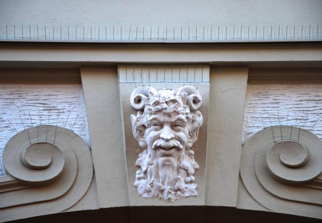 James Last oder Dionysos?